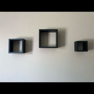 Wall decorating cubes